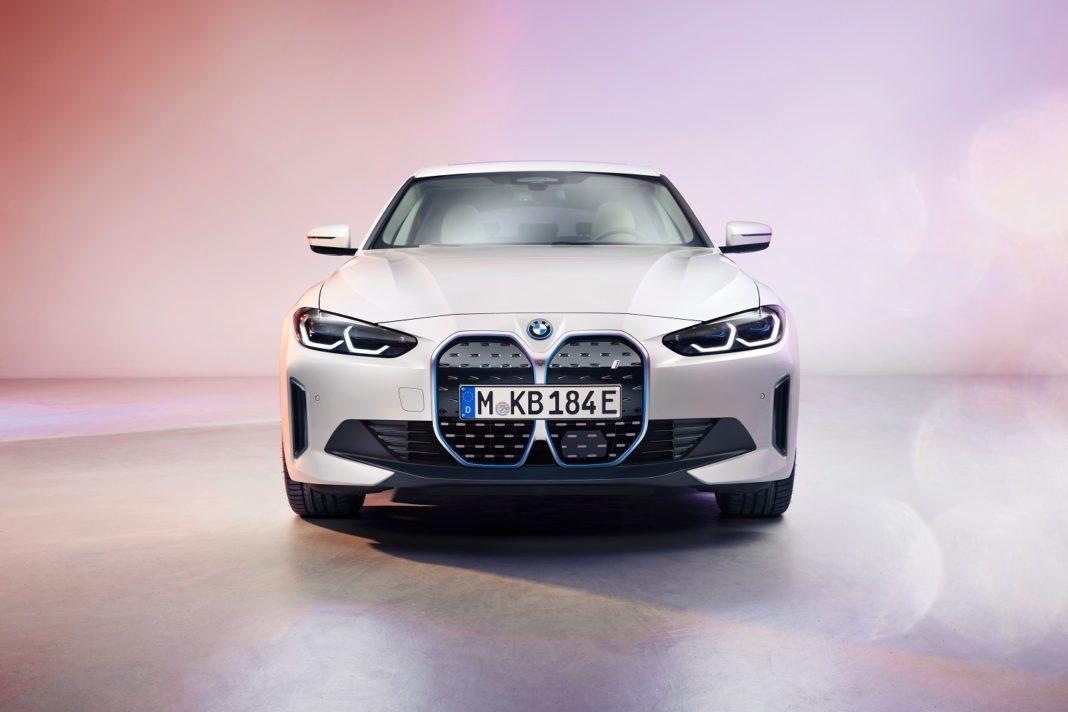 BMW i4 forfra